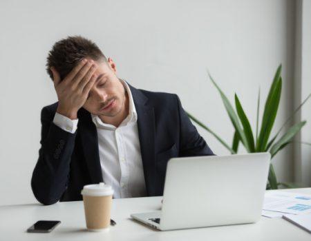 burnout capa 450x350 - Síndrome de Burnout: Saiba o que é, como identificar e prevenir