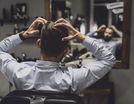 224672 P1BLP8 817 min 1 450x350 - Calvície e queda de cabelo. Dá para evitar?