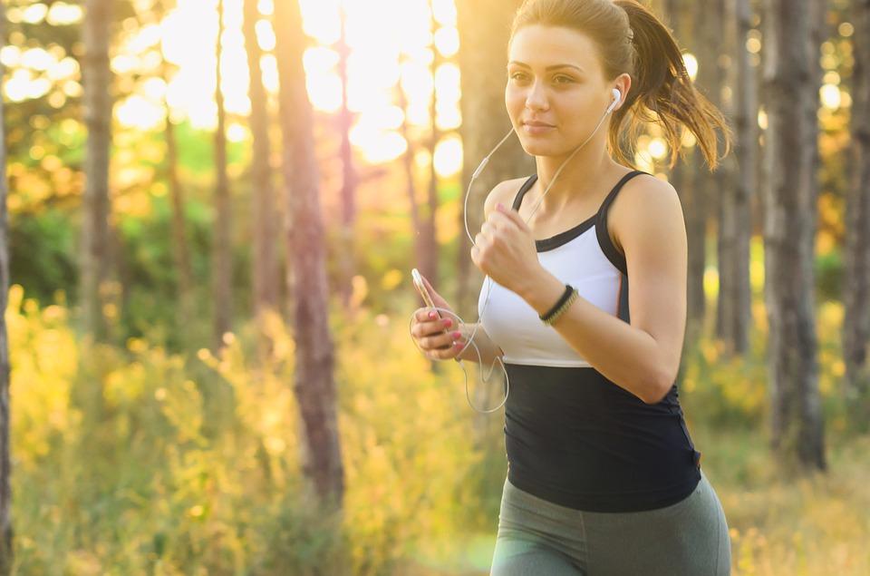 exercicio e felicidade pode fazer mai feliz que dinheiro - Exercício e felicidade: ciência comprova que exercícios te fazem tão feliz quanto dinheiro