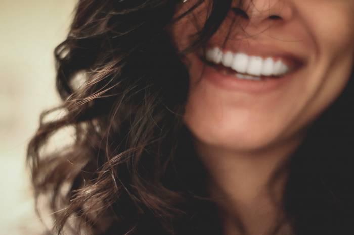 habitos para viver mais use o fio dental - 9 hábitos que te farão viver mais