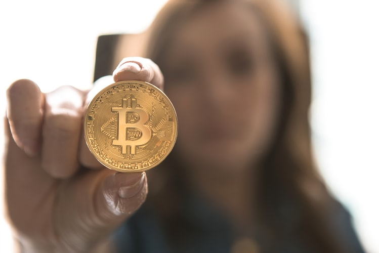 bit4 - Qual o futuro do dinheiro com as criptomoedas?
