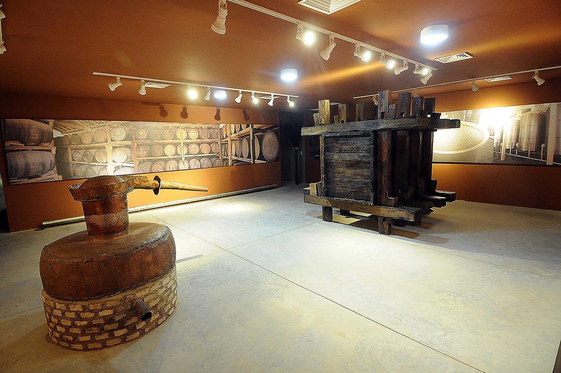 Passar o Reveillon, Museu da Cachaça, Sala dos Aromas