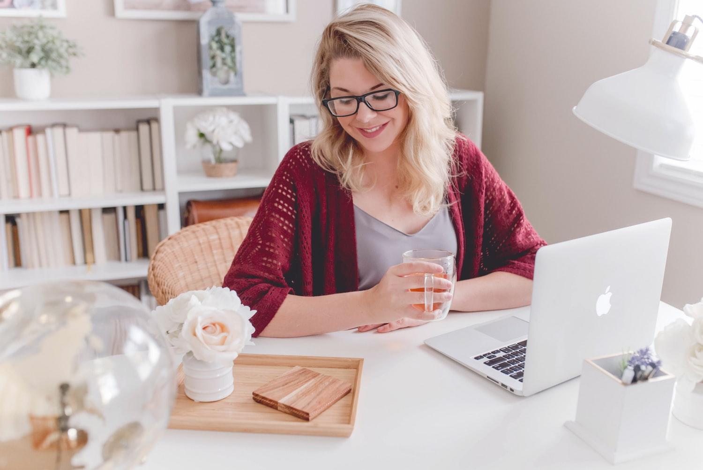 photo1542330952bffc55e812b2 - As vantagens e desvantagens do Home Office e o aumento de produtividade