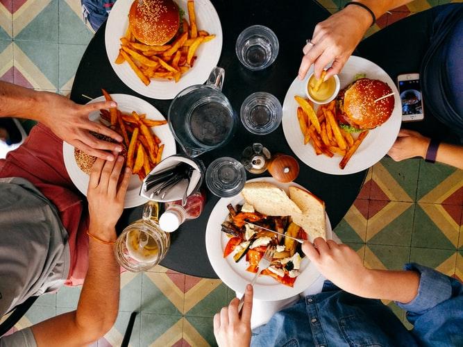 comida - Compulsão alimentar: Entenda tudo sobre esse problema