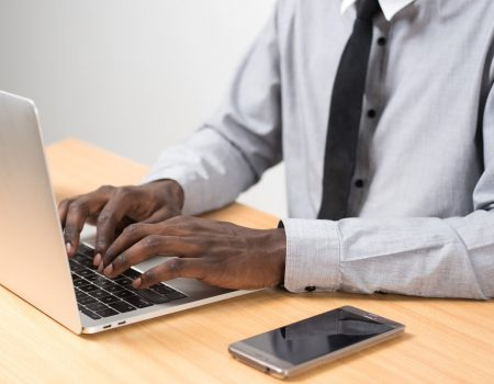 entrevista online 9 450x350 - Dicas para ter uma excelente entrevista online