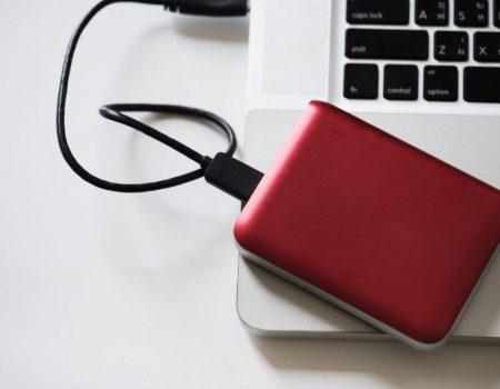 backup 450x350 - Entenda o que é backup e como ele pode te salvar