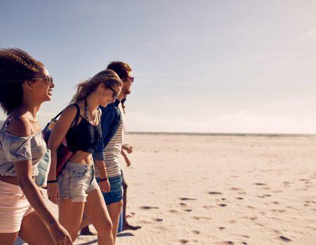 cuidadoscomosol 450x350 - Cuidados com o sol, não vá a praia ou piscina sem eles!