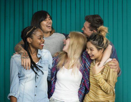 diversidadenotrabalho4 450x350 - Como criar um ambiente de trabalho que promove a diversidade e o bem-estar