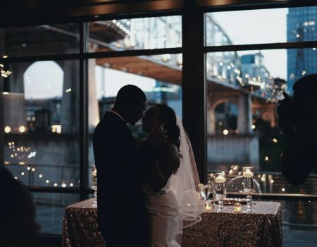 miniweddingtudooquevoceprecisasaberparaterumcasamentointimistaeaconchegante 450x350 - Mini wedding: como ter um casamento intimista e aconchegante