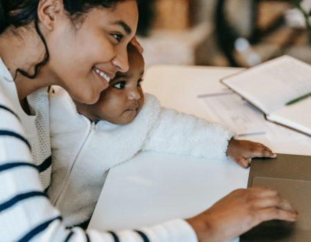 maeecarreira 1 450x350 - Como ser mãe e conciliar a carreira